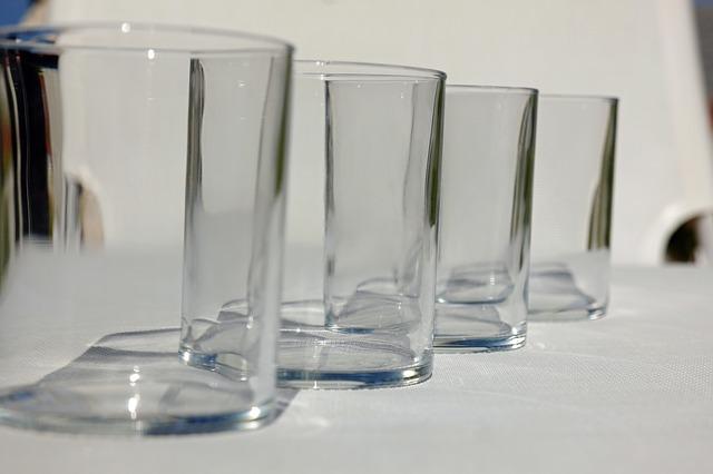 Orkiestra na szklankach